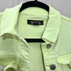 Forever 21 Jackets & Coats - Forever 21 women's jeans jacket